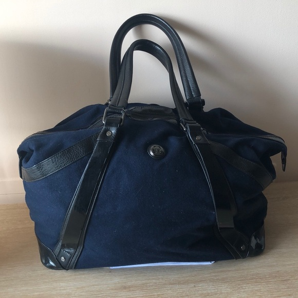 lululemon athletica Handbags - Lululemon weekender bag